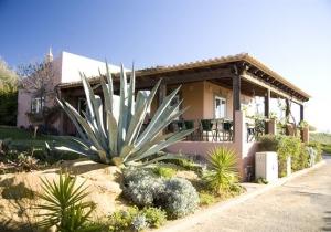 Eén week genieten aan de Portugese Algarve, huurauto incl.
