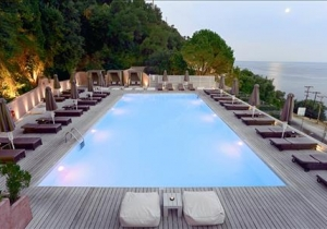 Unieke lastminute, traditioneel 3* hotel in Corfu