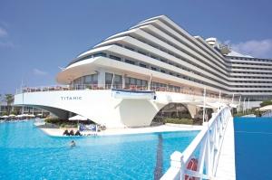 Met het hele gezin naar het Turkse Antalya! 8d., ultra all-in 5* Titanic Beach Resort