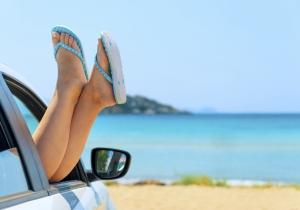 Wist je dat Sunny Cars 24/7 bereikbaar is om je onderweg in je eigen taal verder te helpen?