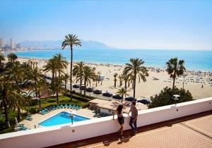 Winterzon aan de Spaanse Costa Blanca! 4* hotel pal aan het strand, vertrek 21/01