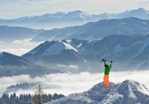 Pyhrn-Priel: een skiregio vol variatie. Sneeuwzekere skigebieden, overweldigend bergpanorama en gemakkelijk te bereiken.  V.a. €158