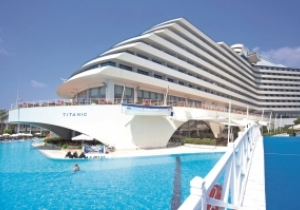 En Turquie avec toute la famille, 7 nuits all-in, 5* Titanic Beach Resort