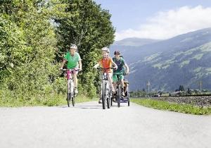 Ontdek het prachtige Zillertal op een sportieve manier! Fietsen & hiken door de mooie natuur van Oostenrijk