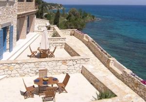 Ongestoord genieten in het Sea Vie Castle in Zakynthos, incl. vluchten & huurwagen