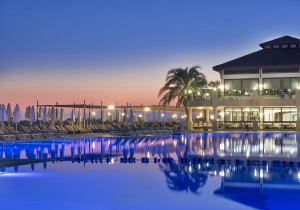 Toppromo! 8d. in 5* all inclusive hotel in Side, direct aan het strand