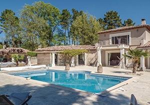 Waan jezelf volgende zomer als een god in Frankrijk. Ontdek het uitgebreide aanbod vakantiehuizen in de Provence