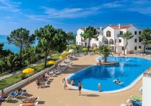 Last minute tip naar de Portugese Algarve! Vertrek 17/03 voor een weekje met de ganse familie, v.a. €349