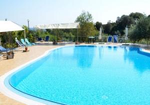 Het perfecte eilandgevoel in Sardinië! Verblijf in een kleurrijke residentie vlak bij het strand, incl. vluchten en huurwagen v.a. €557