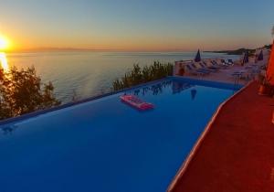 Buitenkans! Ga ongestoord genieten in zonnig Zakynthos. Vanaf €365, incl. vluchten & huurwagen