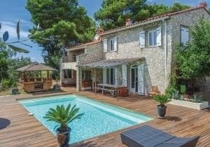 Een vakantie in een droomhuis met eigen zwembad? Bij Novasol heb je ruime keuze uit 50.000 vakantiehuizen