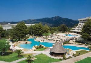 Laat je verwennen in dit 5* hotel in Chalkidiki, direct aan het strand. Vertrek 19/04