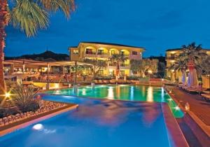 Nog snel naar de zon? Ga zorgeloos genieten in dit 4* hotel in Griekenland!