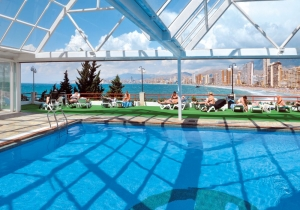 Populair hotel aan de Costa Blanca, met kamers met spectaculair uitzicht!