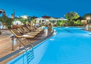 Geliefd 4* hotel met gemoedelijke sfeer op Kreta, vlak bij het strand