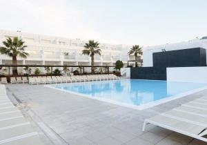 Vertrek naar het mooie Lanzarote en verblijf in dit all-in 4* hotel