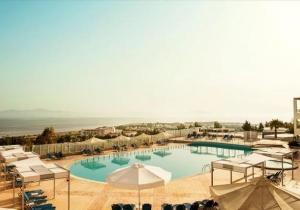 Knap 4* resort op Kos met aquapark en mooi uitzicht over de baai