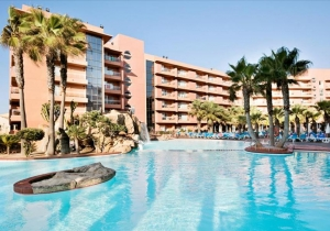Uitstekend 4* hotel aan de Costa de Almeria, direct aan strand en promenade!