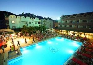 Gezellig all-inclusive 4* hotel dicht bij het strand aan de Turkse Riviera