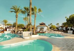 Een weekje zonnen op Lanzarote in een modern 4* hotel dicht bij het strand
