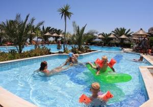All-in 4* hotel op Kreta met miniwaterpark met 2 glijbanen