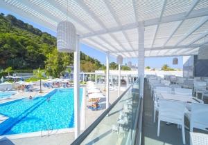 Meiknaller! All-inclusive 4*-hotel in Rhodos dicht bij het strand