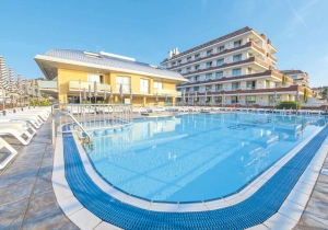 Geniet 4 dagen van de Costa Brava in dit 4*-hotel in het centrum