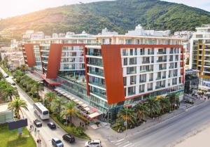 Verblijf 4 dagen in het centrum in dit 4*-hotel in Montenegro