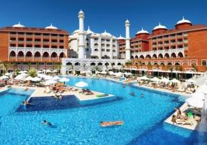 Geniet 8 dagen van een all-in vakantie in dit 5*-paradijs langs de Turkse Rivièra