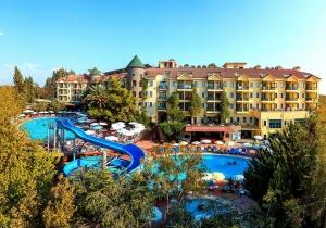 4* all inclusive familiehotel in Turkije met zwembad en waterglijbaan. Vertrek 16/07