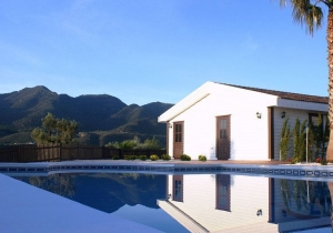 Andalusië, een plek voor levensgenieters! Villa incl. vluchten & huurwagen