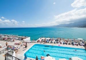 Ga naar een leuk all-in 4* hotel op Kreta met pas gerenoveerde kamers