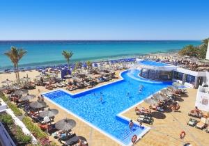 Nood aan de zon? Geniet all inclusive in dit 4* Allsun hotel op Fuerteventura