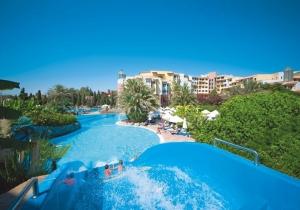 Vertrek in de krokus naar de Turkse Riviera, tweede persoon is gratis!