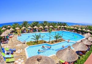 Kreta: 4* all inclusive hotel met mini waterpark en glijbanen, vertrek 04/04
